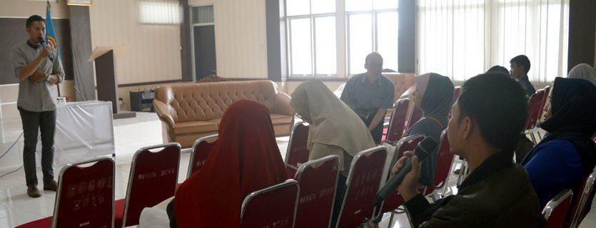 [:en]Pelatihan Promosi lewat Media Online bagi Karang Taruna Kecamatan Regol Kotamadya Bandung[:]